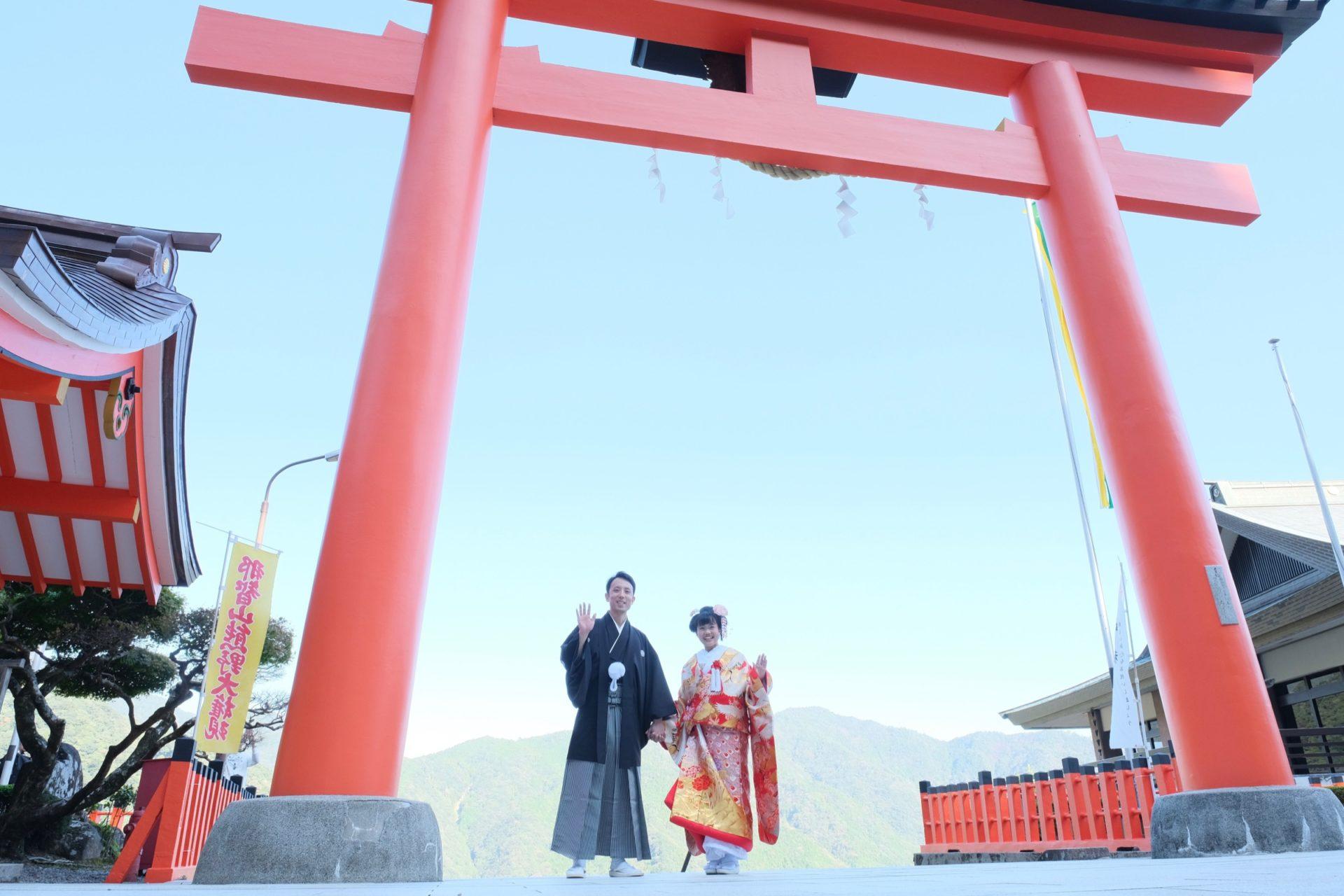 熊野那智大社で白無垢の結婚式写真