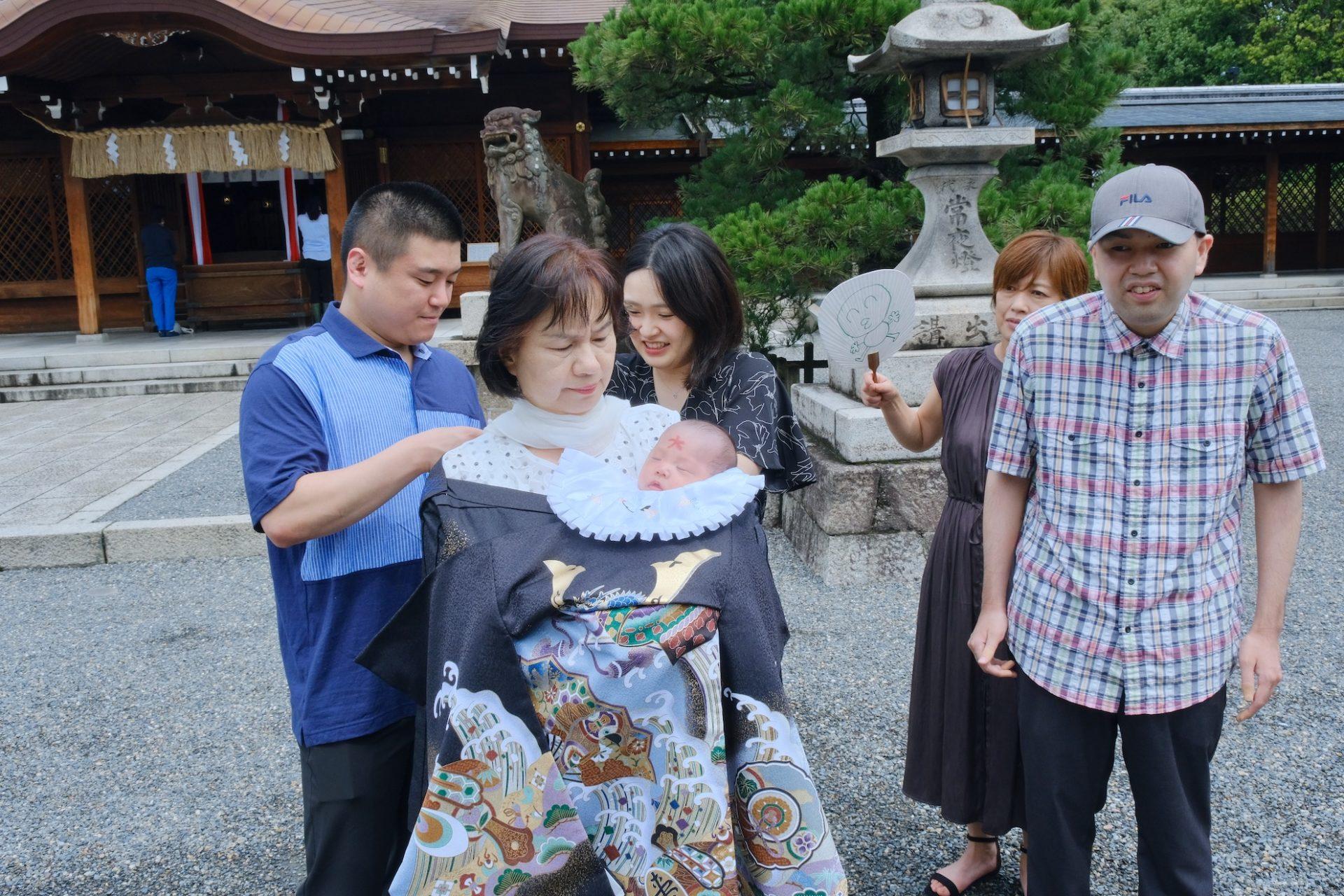 城南宮のお宮参りの記念写真